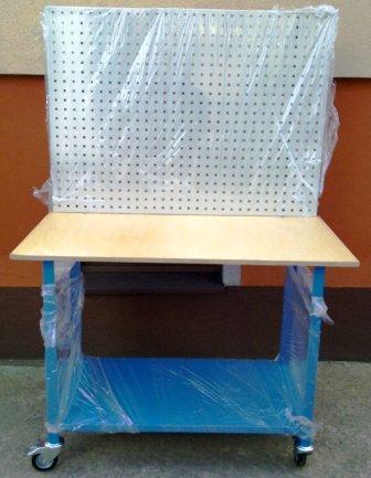 stół mobilny  z tablicą narzędziową 1200x600x900